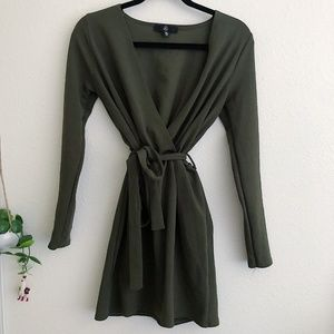 MISSGUIDED Green long Sleeve Belted Mini Dress